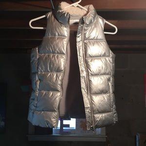 Silver frost free vest